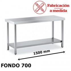 MESA DE ACERO INOXIDABLE CON 1 BALDA (1500X700X850)