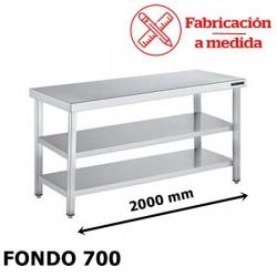MESA CENTRAL DE ACERO INOXIDABLE CON 2 BALDA (2000X700X850)